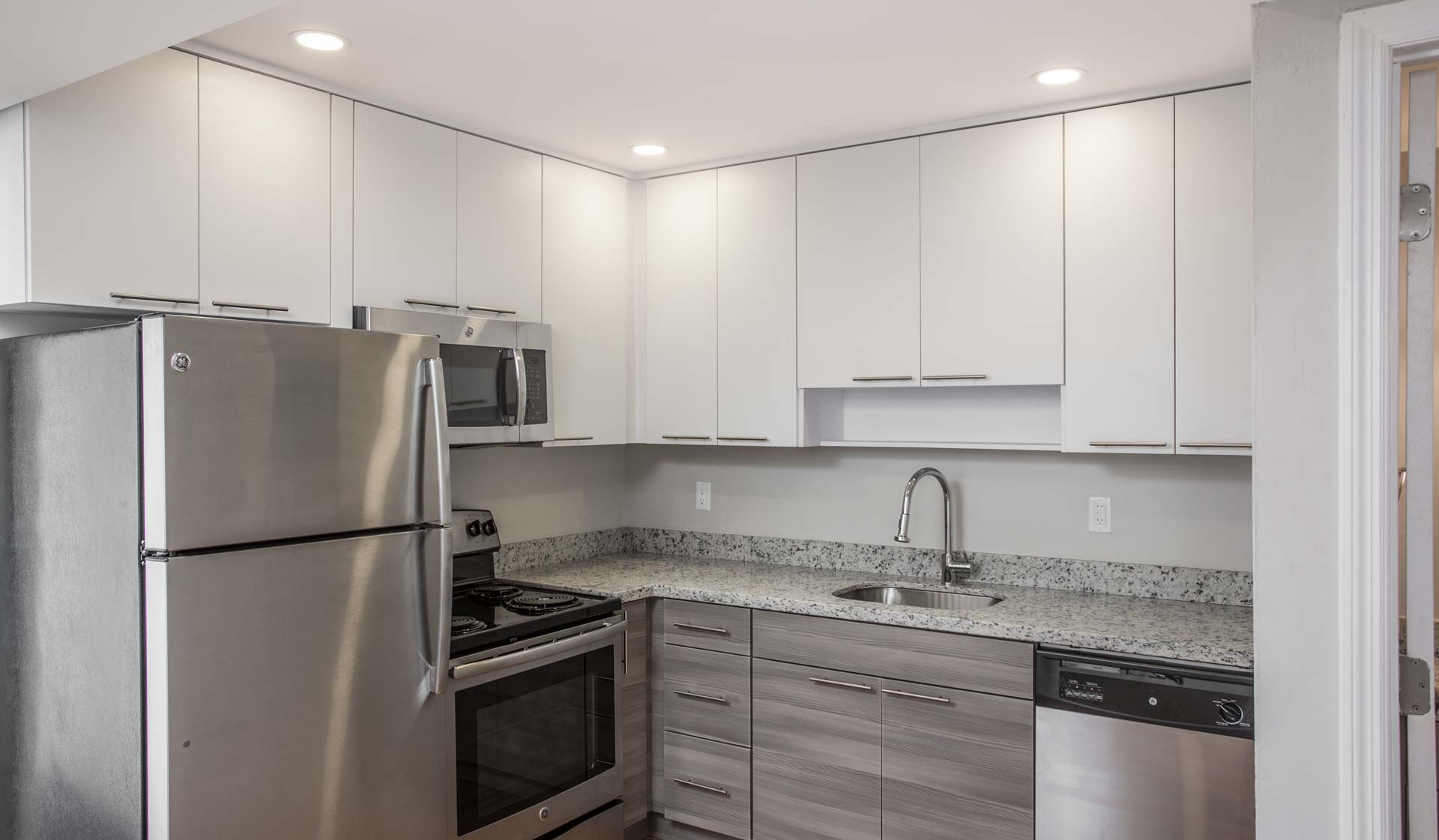 FOur Quarters - Miami - Kitchen